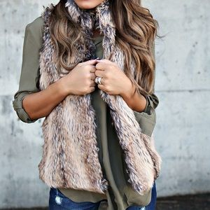 Other - VICI Faux Fur Parker Vest